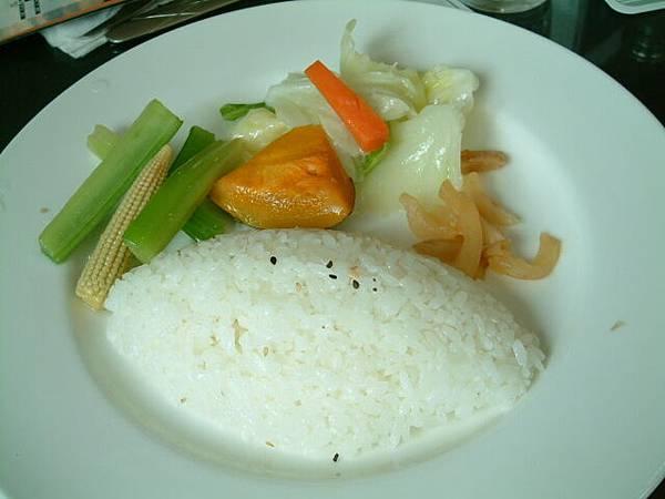 江蘇無錫肉骨排飯配菜及飯