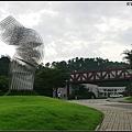 """明洞後返家,時間尚早,決定衝去首爾藝術大學,感受一下""""你為我著迷""""的氛圍"""