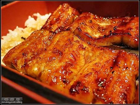 2012/12/16午餐鰻魚飯