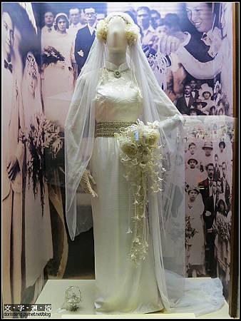 很有復古風味的婚紗