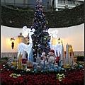 民政總署中庭聖誕樹