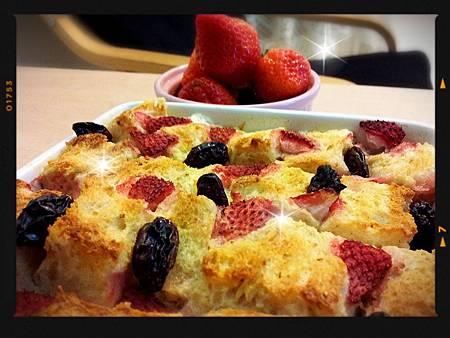2014/02/12草莓麵包布丁