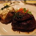 晚餐Harris' steakhouse