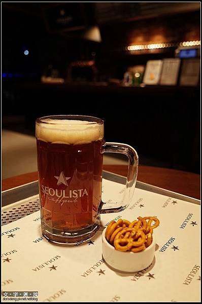 喝杯啤酒吧^^