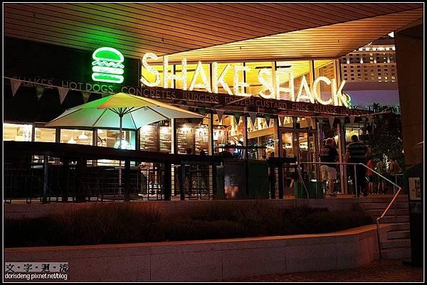 晚餐吃SHAKE SHACK
