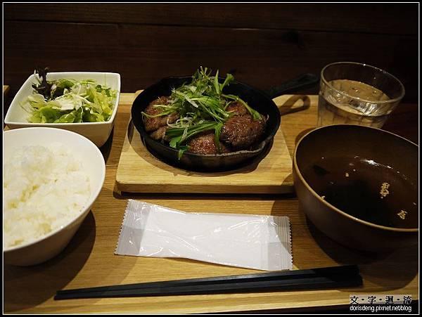 牛肉丼飯也很美味