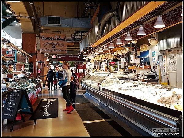 市場內有各種店家