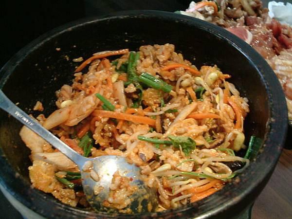泡菜石鍋拌飯
