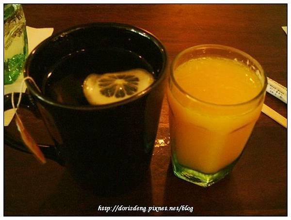 我的美式煎餅早餐附柳橙汁及紅茶