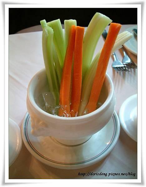 蔬菜棒沙拉