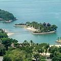 小島看起來很美