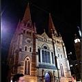 對面的聖保羅教堂