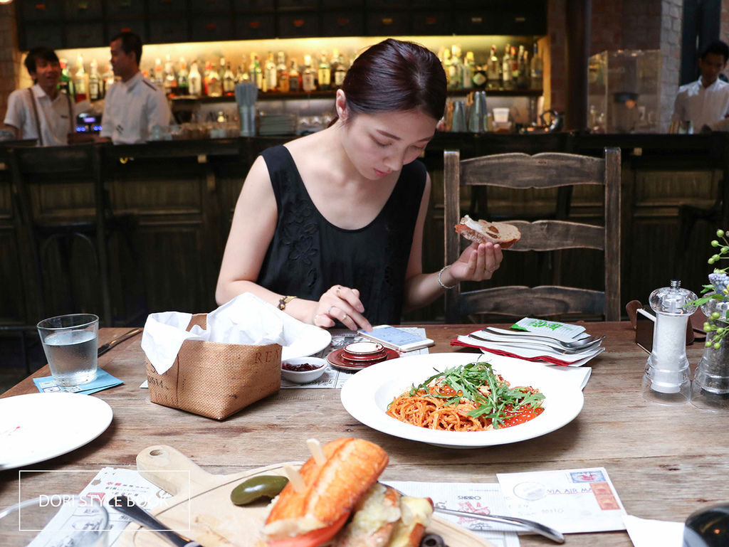 KARMAKAMET 香氛秘境餐廳。蟹肉鮭魚卵義大利麵。私藏棉花糖甜點。香氛。蠟燭。倔強朵力。朵力。doristylebook