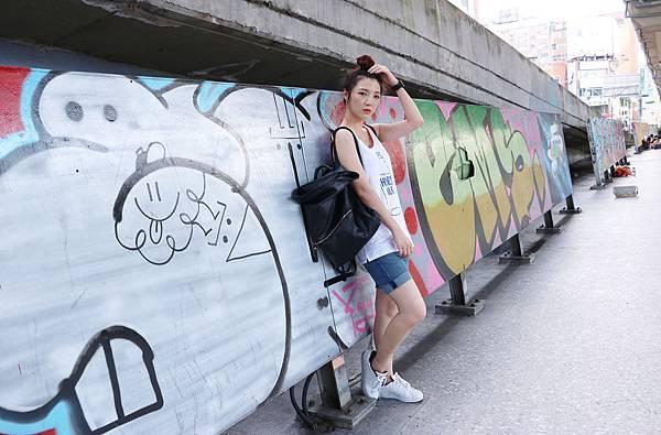 LEVI'S HARVEY MILK- Pride 系列/倔強朵力/朵力/doristylebook