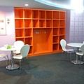 置物櫃&健康諮詢區