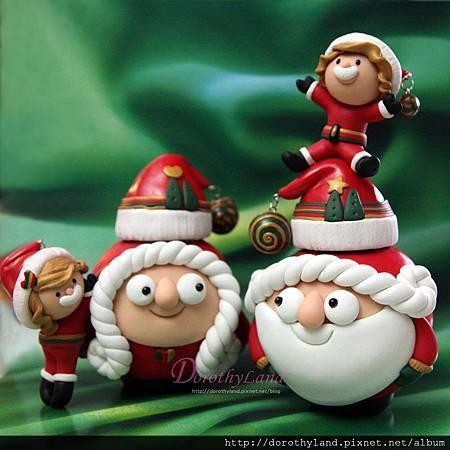 Santa familyc.jpg