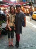 我和莊在四平街攤位2012.06.27