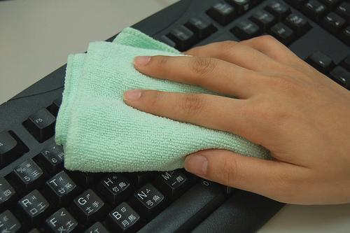 電腦鍵盤的清潔-1.jpg
