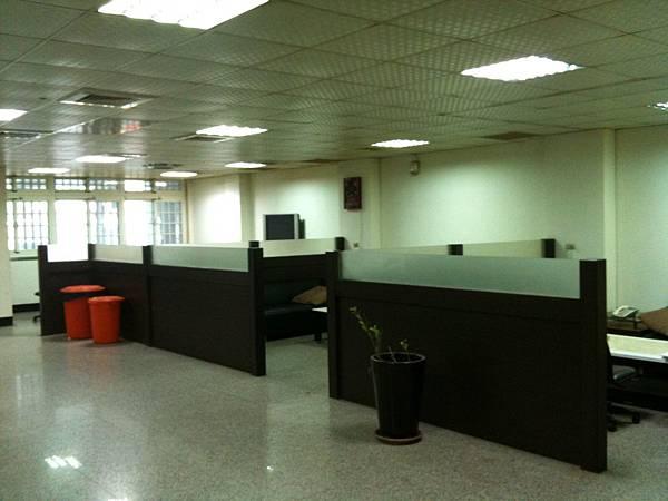 寬敞諮詢室 (3).JPG