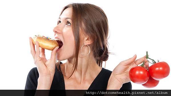 減肥新觀點:吃什麼比計算熱量更重要!