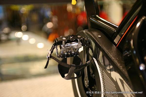 腳踏1.JPG
