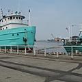 23.停泊在港邊的漁船.JPG