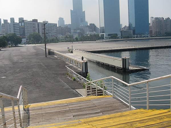 31.據說是修遊艇用的船塢.JPG