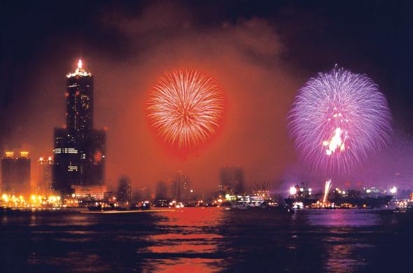 2011高雄燈會藝術節開幕環港煙火秀