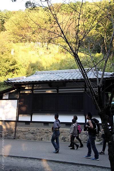日本五天四夜自由行大阪京都岡本和服體驗清水寺伏見稻禾
