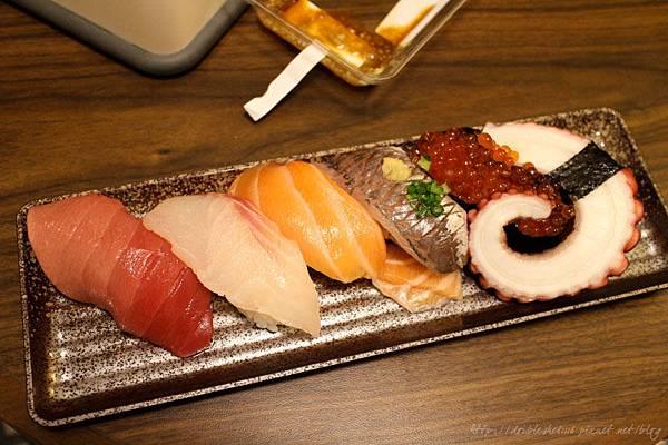 日本大阪必吃高島屋地下街壽司