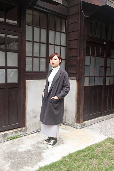 MEIER.Q針織外套灰色窄裙穿搭
