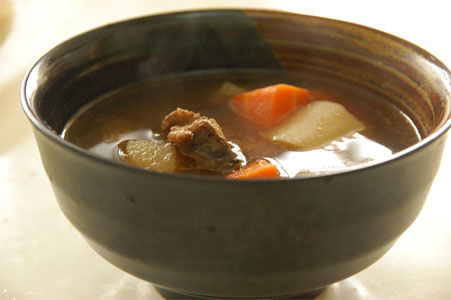 紅燒牛腩湯