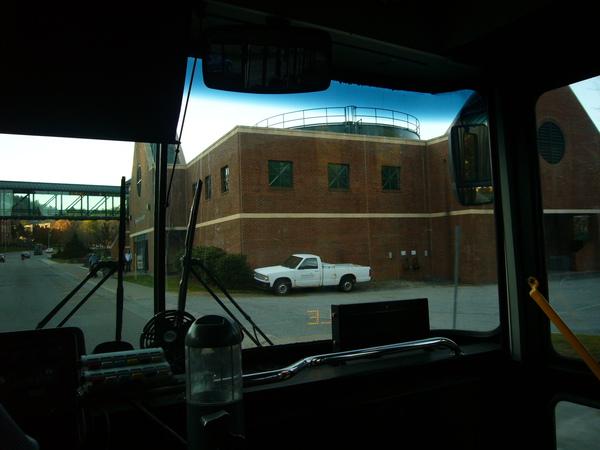 搭AppleCar時沿著校園偷拍的