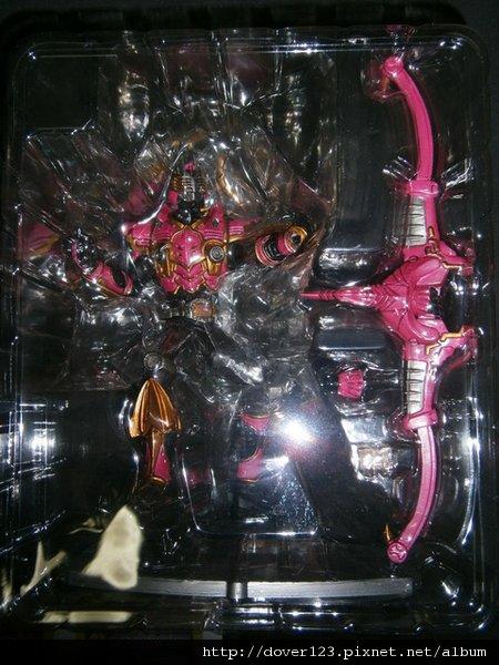 ArtWorks-Masked-Rider-Raia-Survive-3
