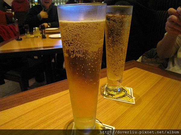 啤酒很好喝.JPG