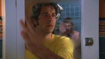 Chuck.S02E01.HDTV.XViD-HiQT.avi0694.jpg