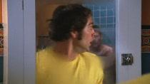 Chuck.S02E01.HDTV.XViD-HiQT.avi0696.jpg