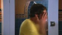 Chuck.S02E01.HDTV.XViD-HiQT.avi0706.jpg