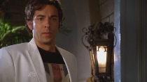 Chuck.S02E03.HDTV.XviD-LOL.avi0238.jpg