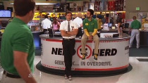 Chuck.S02E03.HDTV.XviD-LOL.avi0406.jpg