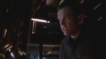 Chuck.S02E03.HDTV.XviD-LOL.avi2406.jpg