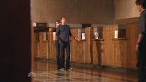 Chuck.S02E03.HDTV.XviD-LOL.avi4006.jpg