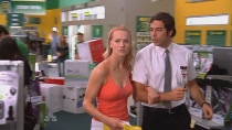 Chuck.S02E04.HDTV.XviD-LOL.avi0243.jpg