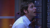 Chuck.S02E04.HDTV.XviD-LOL.avi0353.jpg