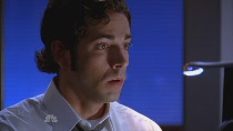 Chuck.S02E04.HDTV.XviD-LOL.avi0400.jpg
