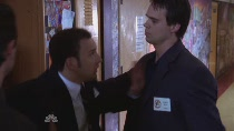 Chuck.S02E04.HDTV.XviD-LOL.avi3921.jpg