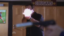 Chuck.S02E04.HDTV.XviD-LOL.avi3940.jpg