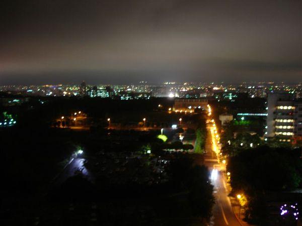 燈照街明.jpg