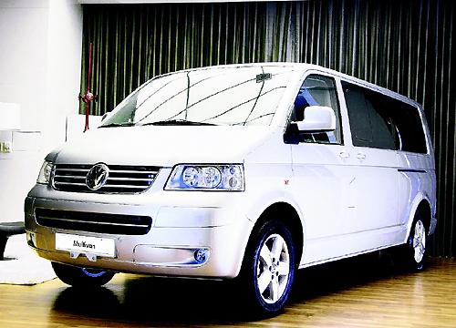 福斯Multivan長軸版 總裁專用移動城堡