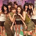 2006-11-04 我猜 人不可貌相 超完美!!巴掌臉美女  (猜誰是攝影師的最愛?!)